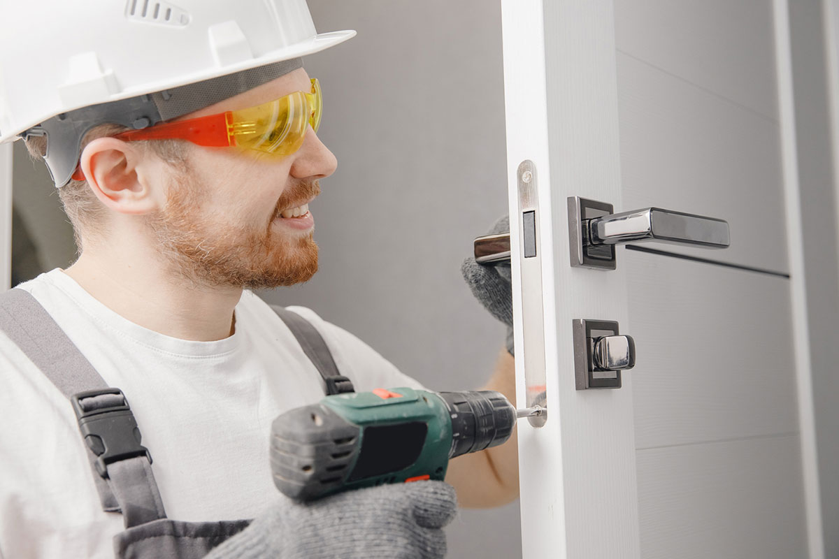 Door Repair and Replacement Service in Seattle, Washington